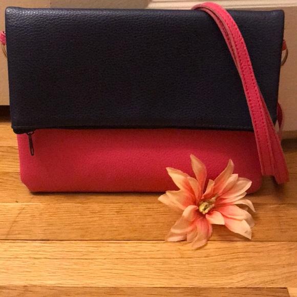 Handbags - 🎉HP🎉NWOT Two Toned Crossbody Bag